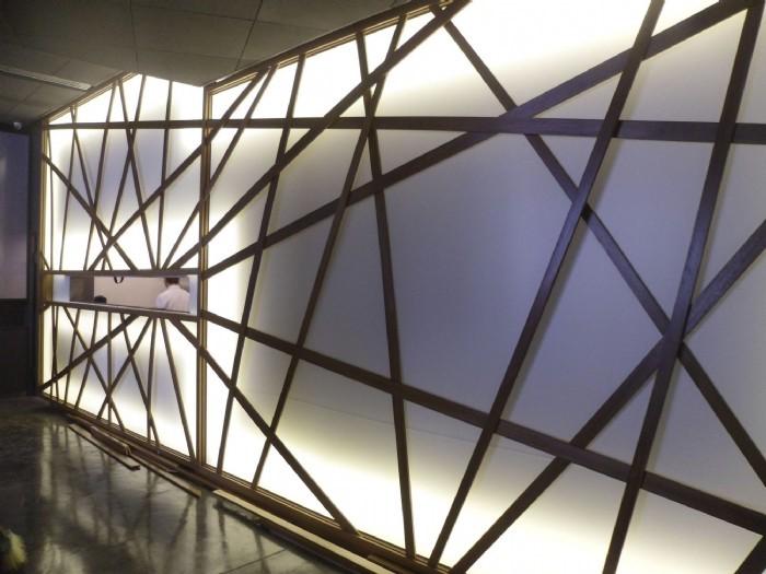 Pareti Esterne Illuminate : Pareti tese luminose pareti illuminate per separare gli ambienti