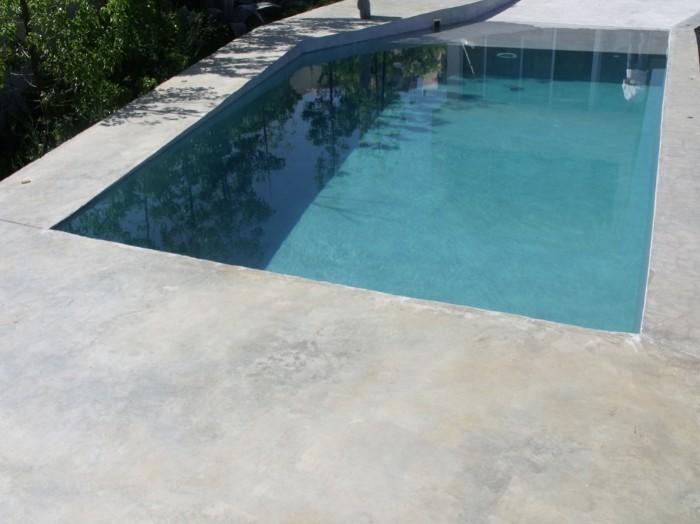 Pavimento in microcemento microcemento piscina belle - Microcemento piscinas ...