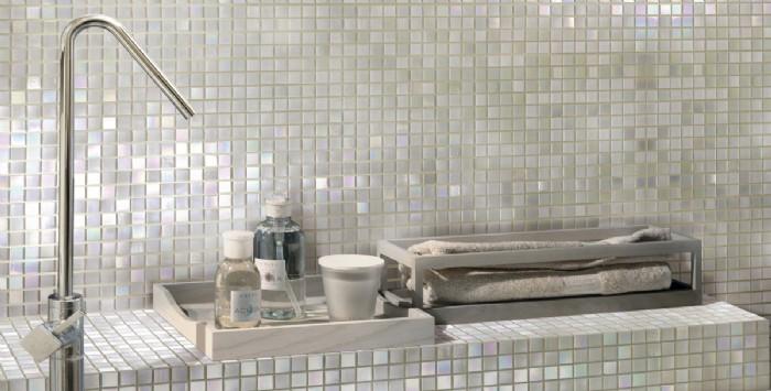 Arredo Bagno Con Mosaico.Madreperla Bagno Con Mosaico In Madreperla Belle Dimore